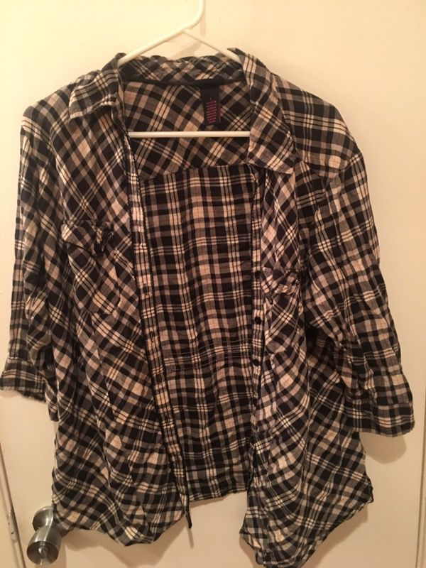 0d91e5a44b8 Torrid plus size 1 for Sale in Hayward