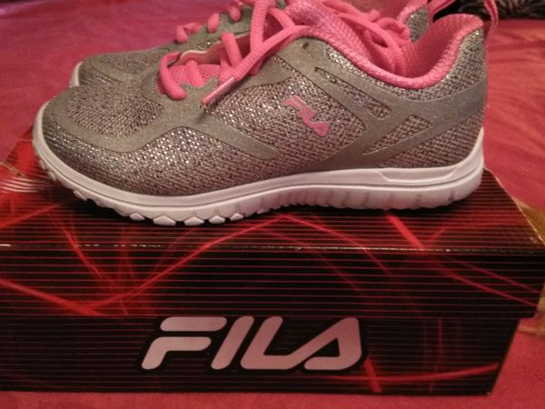 4b5cb59a370d Girls fila sneakers youth size 3 (Clothing   Shoes) in Fort Myers ...