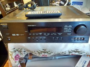 Receiver ONKYO HT-R500 for Sale in Springfield, VA