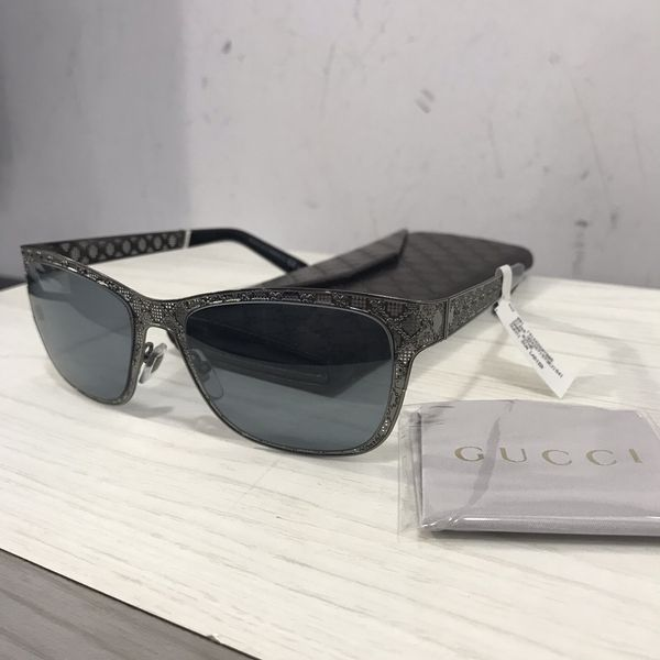 7f4dc000646 Gucci women s sunglasses new authentic with a case for Sale in ...