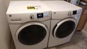 Photo GE front load steam washer & gas dryer
