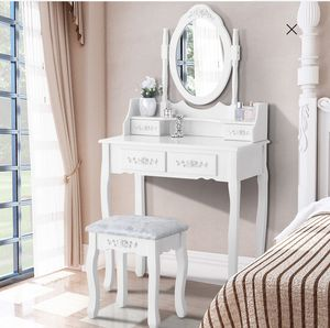 Photo New Makeup Vanity Table set