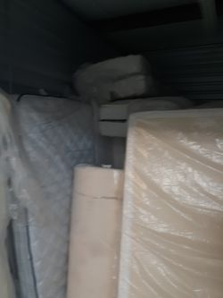 Queen Memory Foam mattress Thumbnail