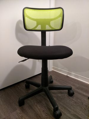 Swell New And Used Office Chairs For Sale In Newburyport Ma Offerup Home Interior And Landscaping Analalmasignezvosmurscom