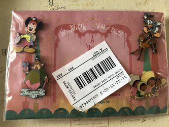 Disney Catalog 2002 Advent Calendar Pin Series Set #4 Thumbnail