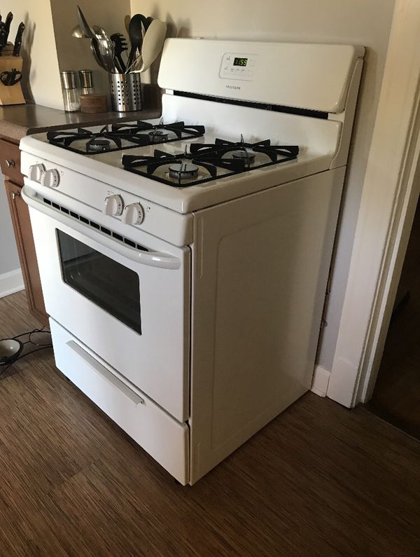 frigidaire 30 white gas range for sale in chicago il offerup. Black Bedroom Furniture Sets. Home Design Ideas