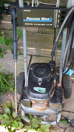 2500psi honda pressure washer for Sale in Halethorpe, MD