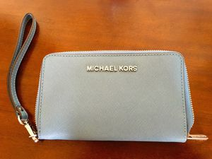 Michael Kors baby blue wristlet: New for Sale in New York, NY