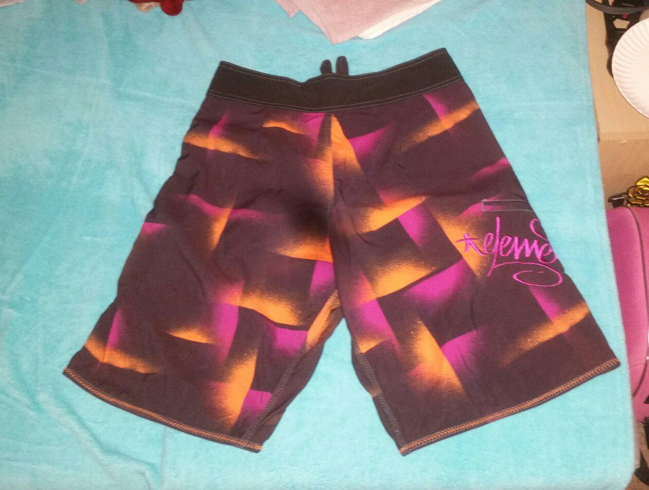 Men's Element Board Shorts - Size 31