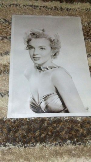 Marilyn Monroe Canvas Picture(No Frame) for Sale in Nashville, TN