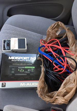 Midi interface cords boss guitar tuner for Sale in Orlando, FL