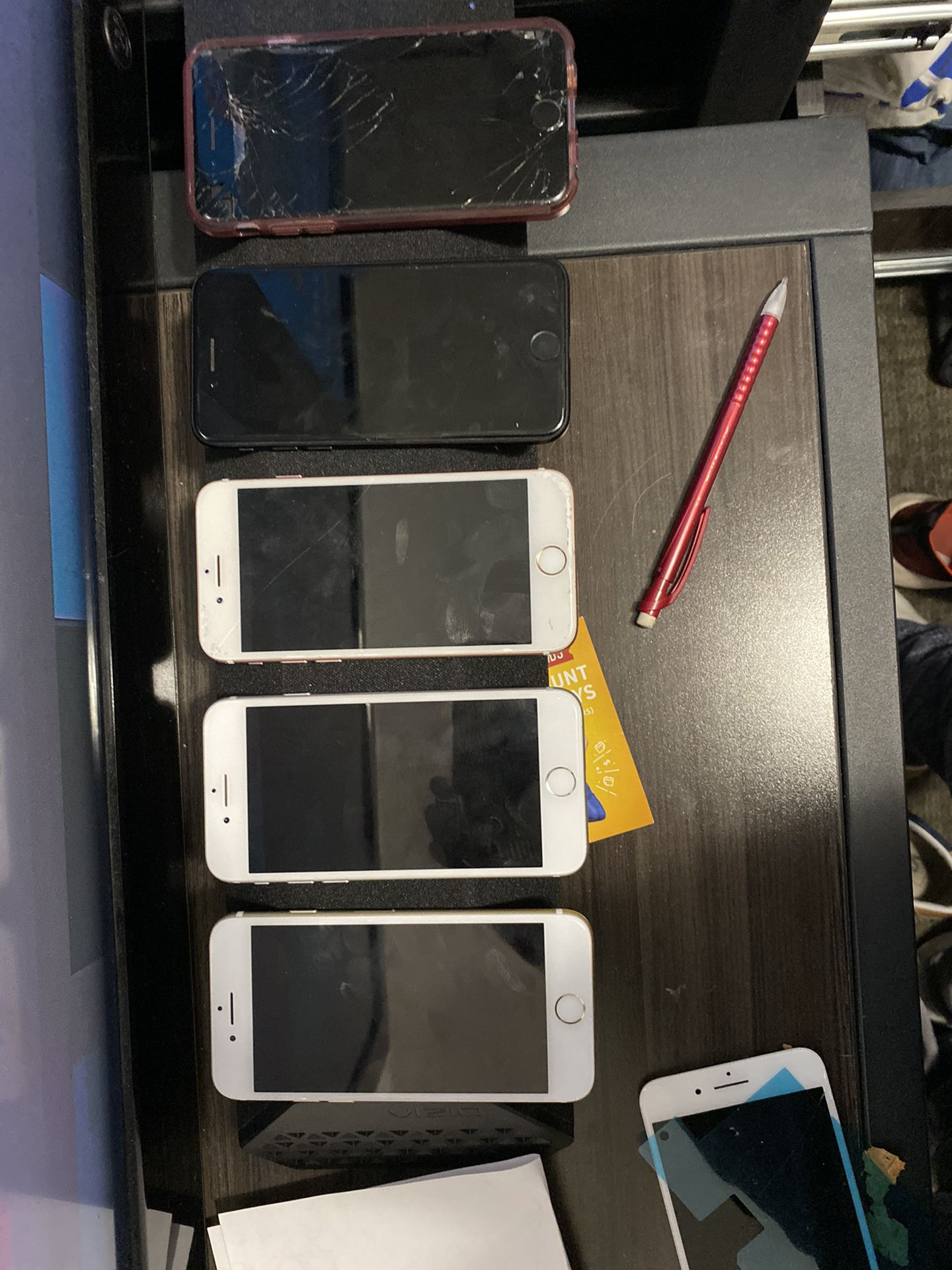 5 iPhone 7's various conditions