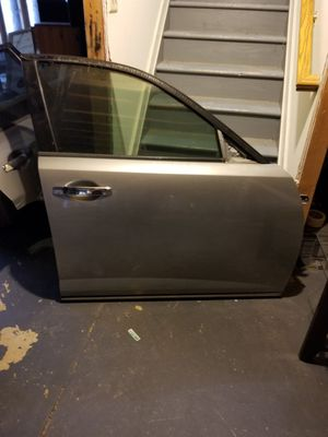 Infiniti fx sunroof and doors for Sale in Springfield, VA