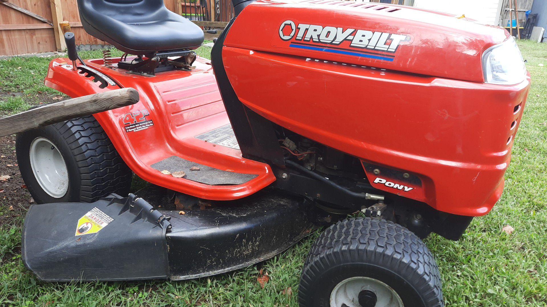Troy-Bilt riding lawn tractor