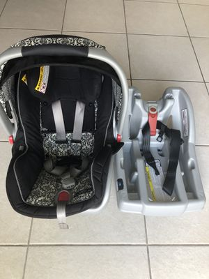 Graco Snugride Click Connect 35 Infant Car Seat With Canopy For Sale In Miami FL