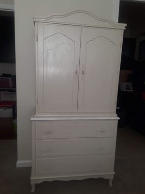 Antique Armoire Dresser for Sale in Hanover, MD