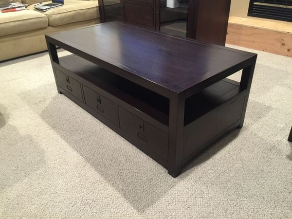 Coffee Table Pottery Barn Rhys Collection For Sale In Laguna Niguel - Pottery barn rhys coffee table