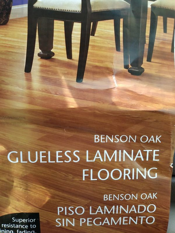 Traffic Master Benson Oak Glueless Laminate Flooring For In Jeffersonville Offerup