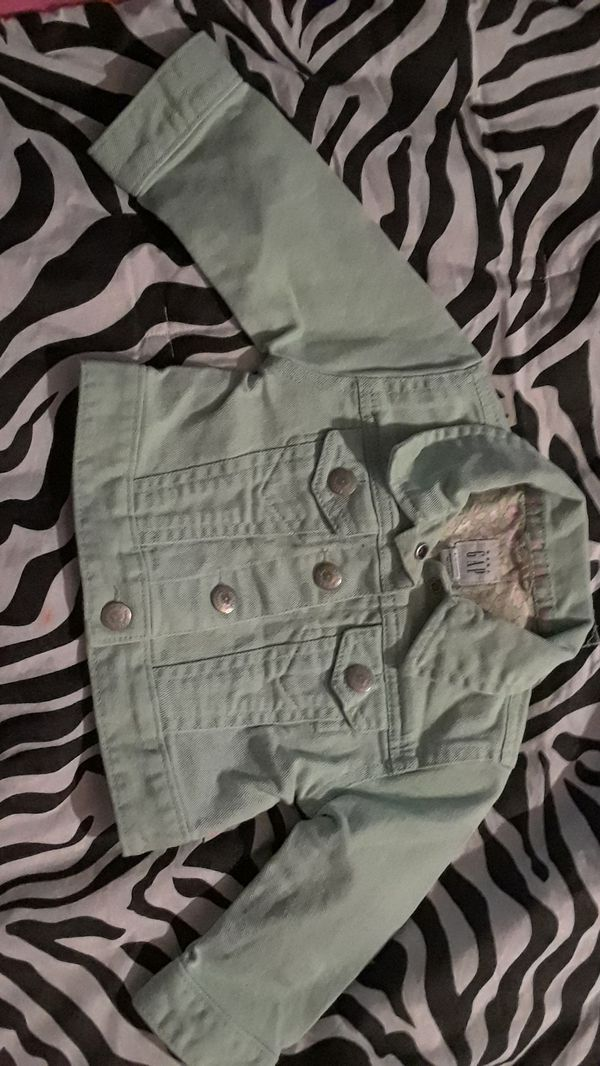 a5ab120be313 Gap 6-12 months baby girl jacket for Sale in Chandler