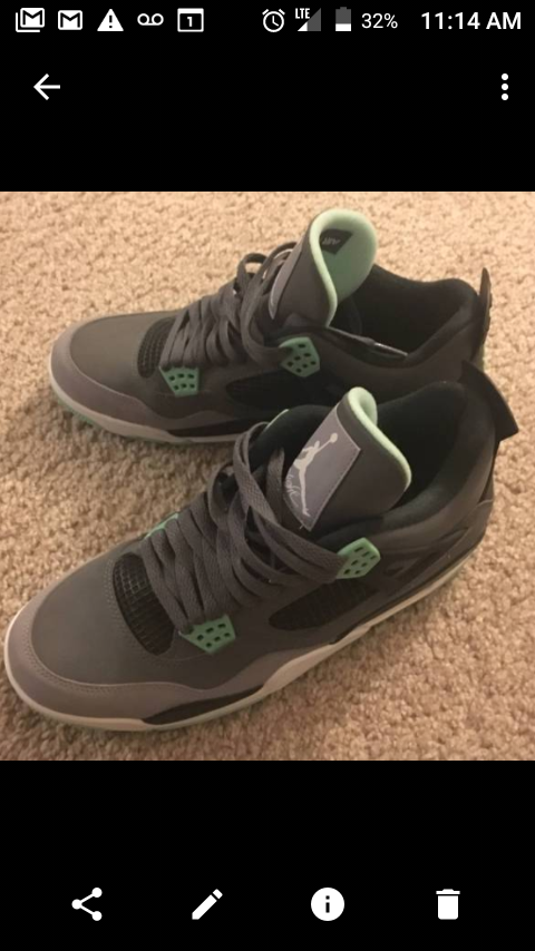 cheap for discount 4ae50 b2ebf Sz 8 green glow 4s for Sale in Vancouver, WA - OfferUp