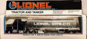 Photo Lionel Gas Co., Tractor and Tanker, 6-12739, '0' and 027 Gauge, New In Box