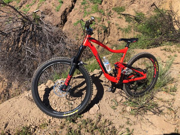 9cfb2a82e90 2018 Giant trance 2 large frame 27.5 for Sale in Riverside, CA - OfferUp