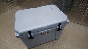 Yeti Tundra 50 Cooler BLUE for Sale in Fairfax, VA