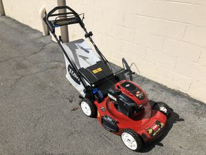 Photo Toro Recycler Personal Pace Self Propelled Lawnmower