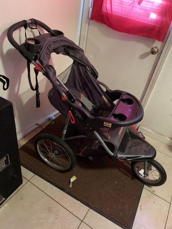 Baby trend jogging stroller for Sale in Fresno, CA - OfferUp