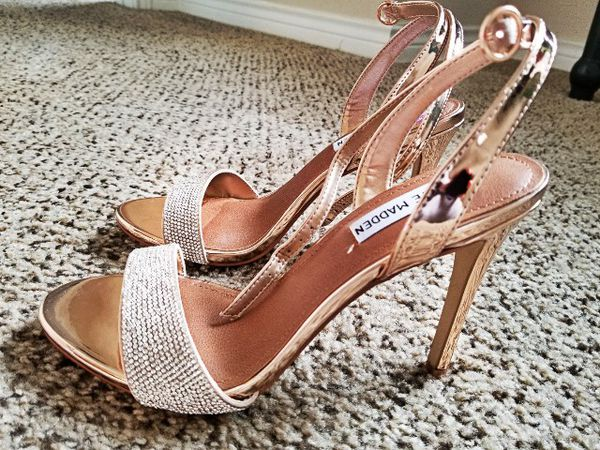 375a3fd00ed9 Steve Madden Ritter 7.5 sandals for Sale in Irving