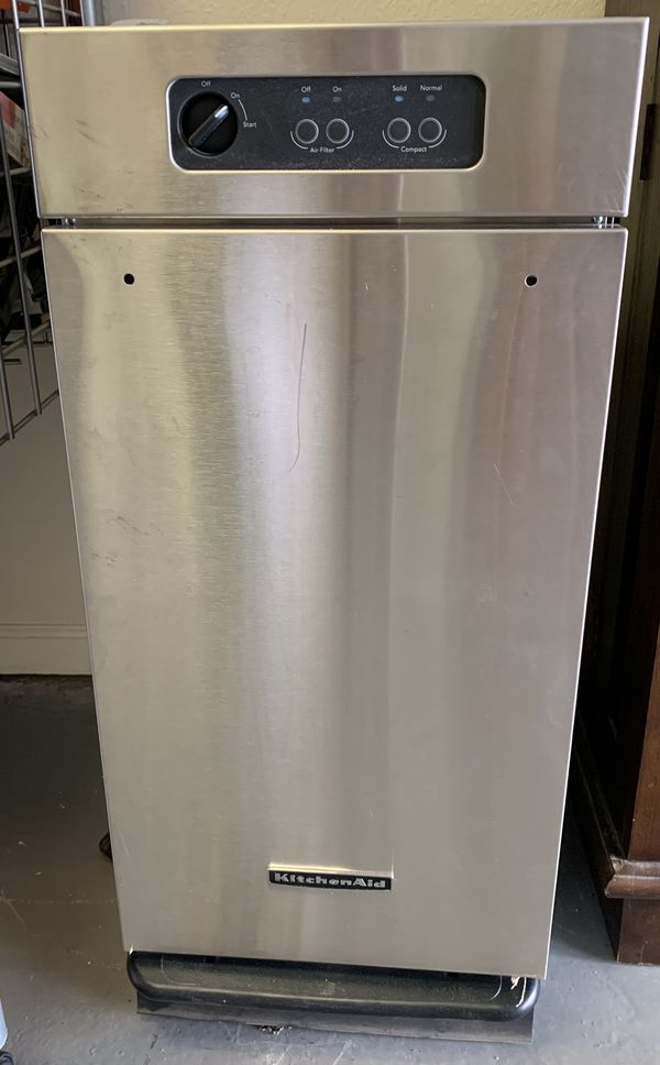 KitchenAid trash compactor for Sale in Redding, CA - OfferUp