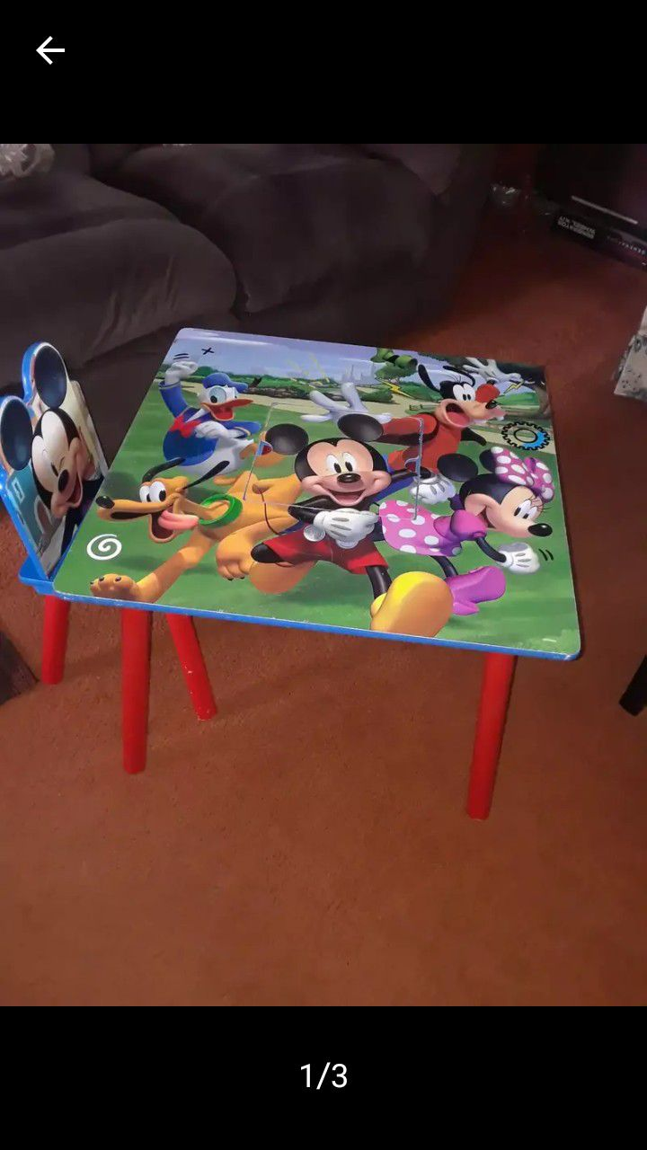 Mickey Mouse Kids Table With One Chair 30.