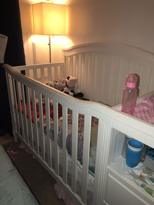 Crib for Sale in Montgomery Village, MD