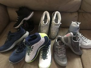 6 shoes size 9-10 for Sale in Kensington, MD