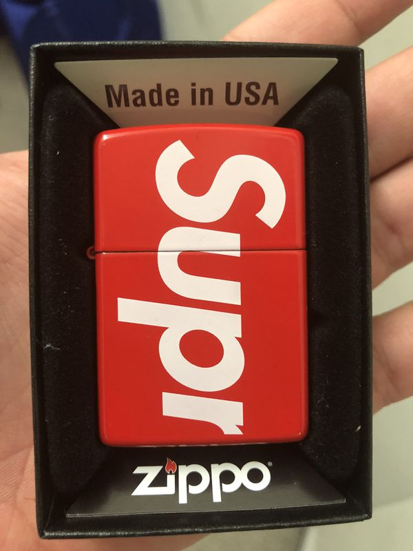 the latest 69416 cae88 Supreme Zippo Lighter w Lighter Fluid