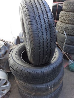 Photo Semi new tires set 265 70 17