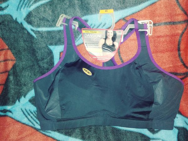 8553ba47003a3 Sports Bra! 42c for Sale in Hickory