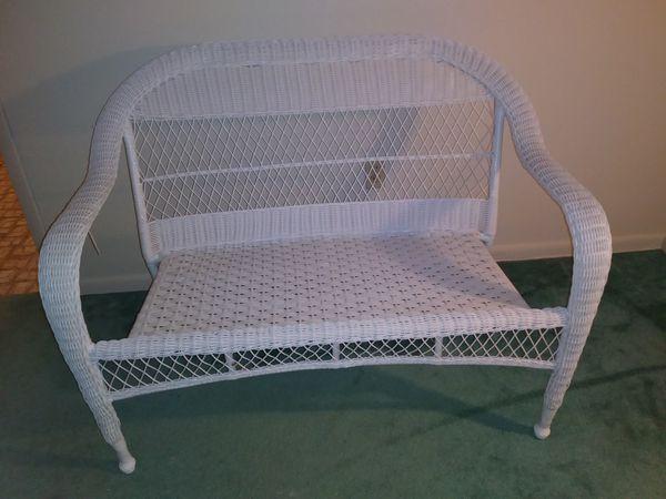 Brand new Wicker Bench (Home & Garden) in Punta Gorda, FL - OfferUp LL27