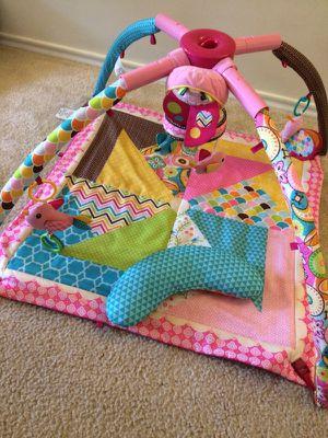 Infantino play mat/ activity center girl for Sale in Centreville, VA
