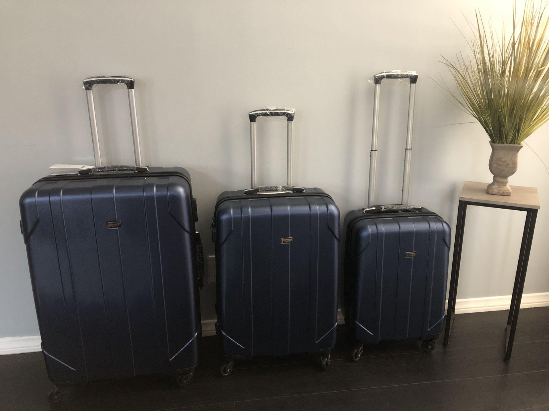Brand new 3 piece luggage