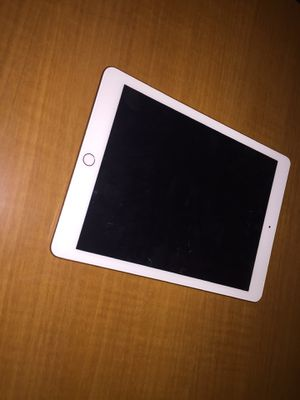 Almost new IPad 6th Gen WiFi 32Gb for Sale in Inkster, MI