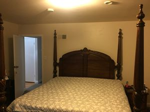 King size bed with mattress set $200 for Sale in Silver Spring, MD