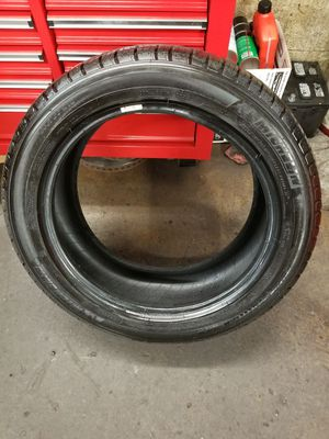 Michelin latitude tour HP 235/50/18 for Sale in Germantown, MD