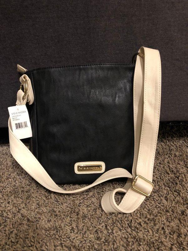 8b5861c48 Steve Madden crossbody purse for Sale in Fairfield, CA - OfferUp