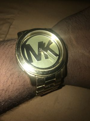 Michael Kors Watch Gold for Sale in Baltimore, MD