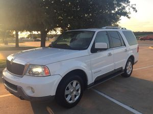 2003 Lincoln Navigator clean title for Sale in Dallas, TX