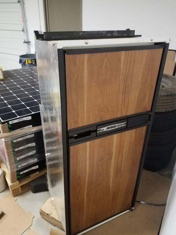 Rv Refrigerator For Sale >> Norcold Rv Refrigerator For Sale In Sunnyvale Ca Offerup
