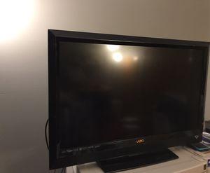 VIZIO FLAT SCREEN TV for Sale in Chicago, IL