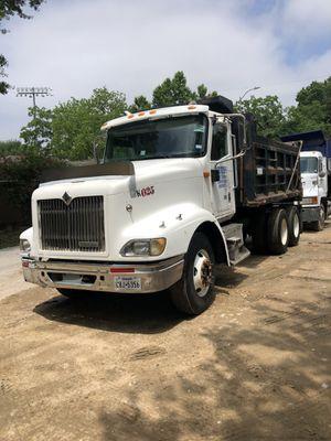 Photo 2001 international dump truck