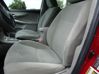 2013 Toyota Corolla Thumbnail